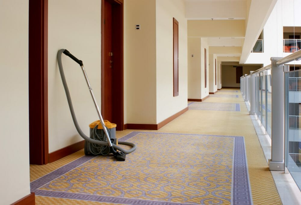 body corporate cleans - commercial cleaning gc